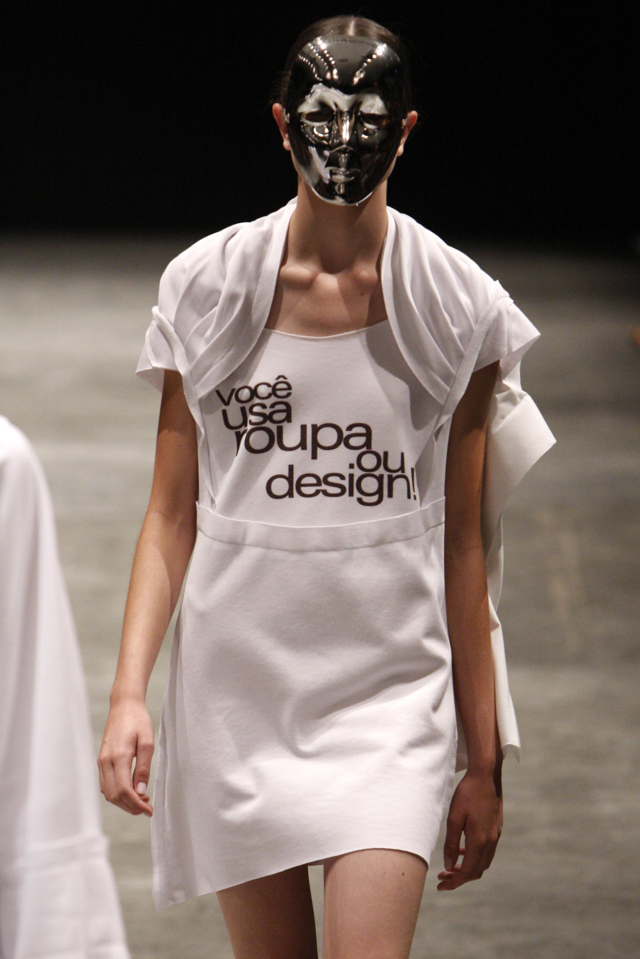 Roupa ou design