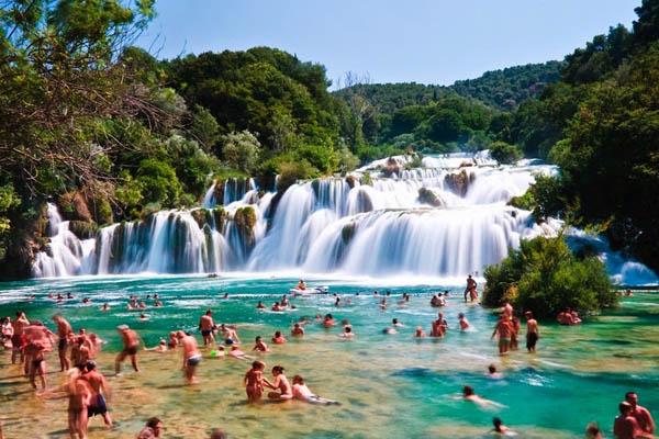 skradinski-buk-uma-linda-cachoeira-na-croacia-blog-usenatureza