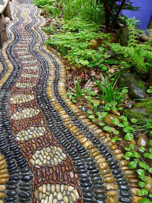 garden-pebble-stone-paths-15