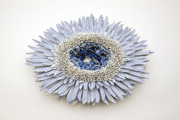 Blue-White-porcelain-shards-flower_1