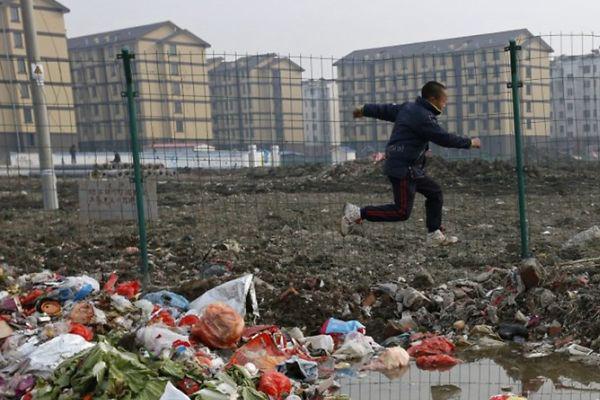 """O """"MADE IN CHINA"""" QUE NINGUÉM VÊ"""