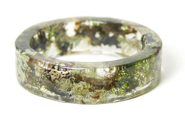 braceletes-feitos-com-plantas-e-flores-musgo-blog-usenatureza
