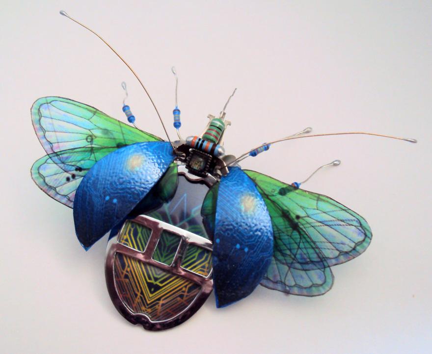 belos-insetos-feitos-de-pecas-de-computador-besouro-blog-usenatureza