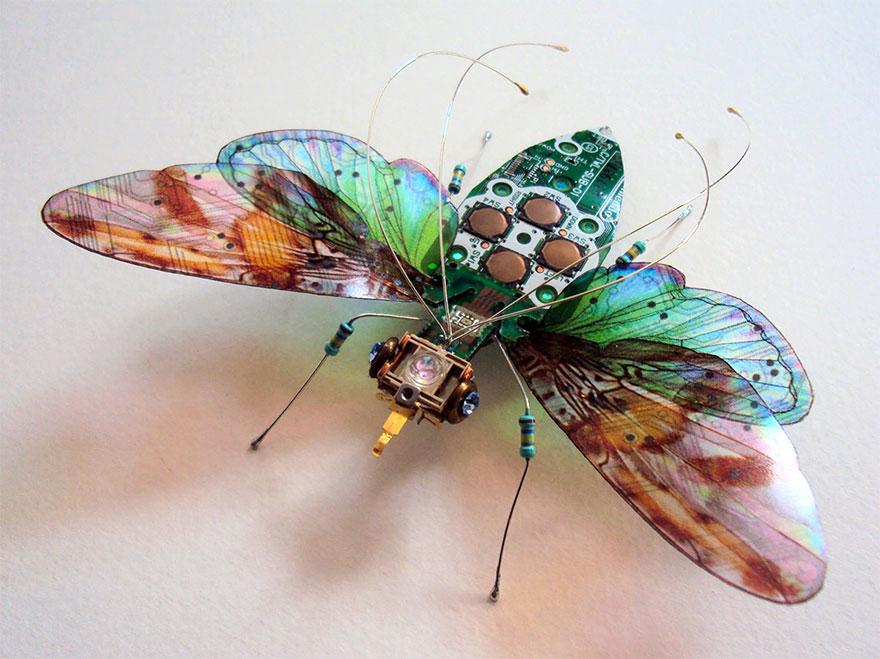 belos-insetos-feitos-de-pecas-de-computador-mariposa-blog-usenatureza