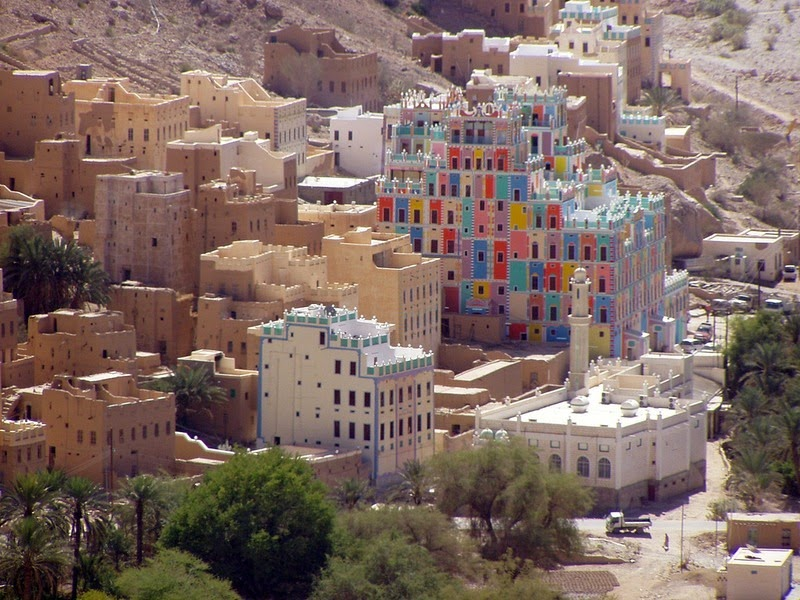 as-casas-de-barro-super-altas-da-peninsula-arabicawadi-dawan-blog-usenatureza