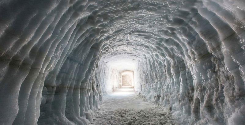 into-the-glacier-1[6]