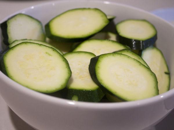 saudaveis-e-deliciosos-chips-abobrinha-blog-usenatureza