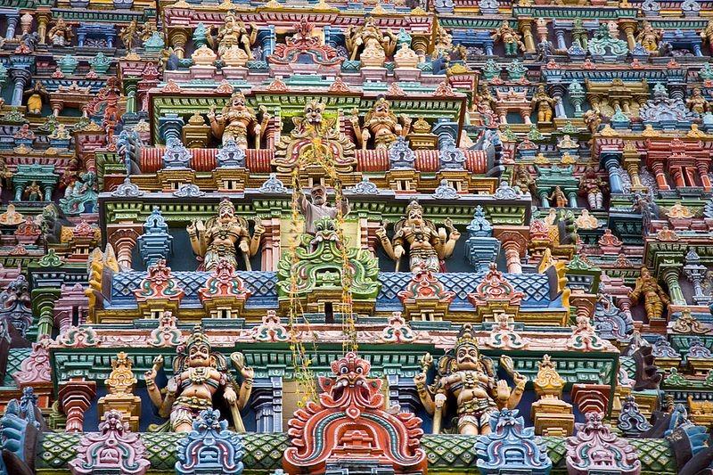 o-templo-colorido-meenakshi-de-madurai-india-deusa-blog-usenatureza