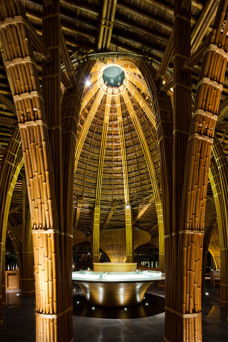 arquitetura-sustentavel-com-bambu-em-resort-no-vietna-hiroyuki-blog-usenatureza