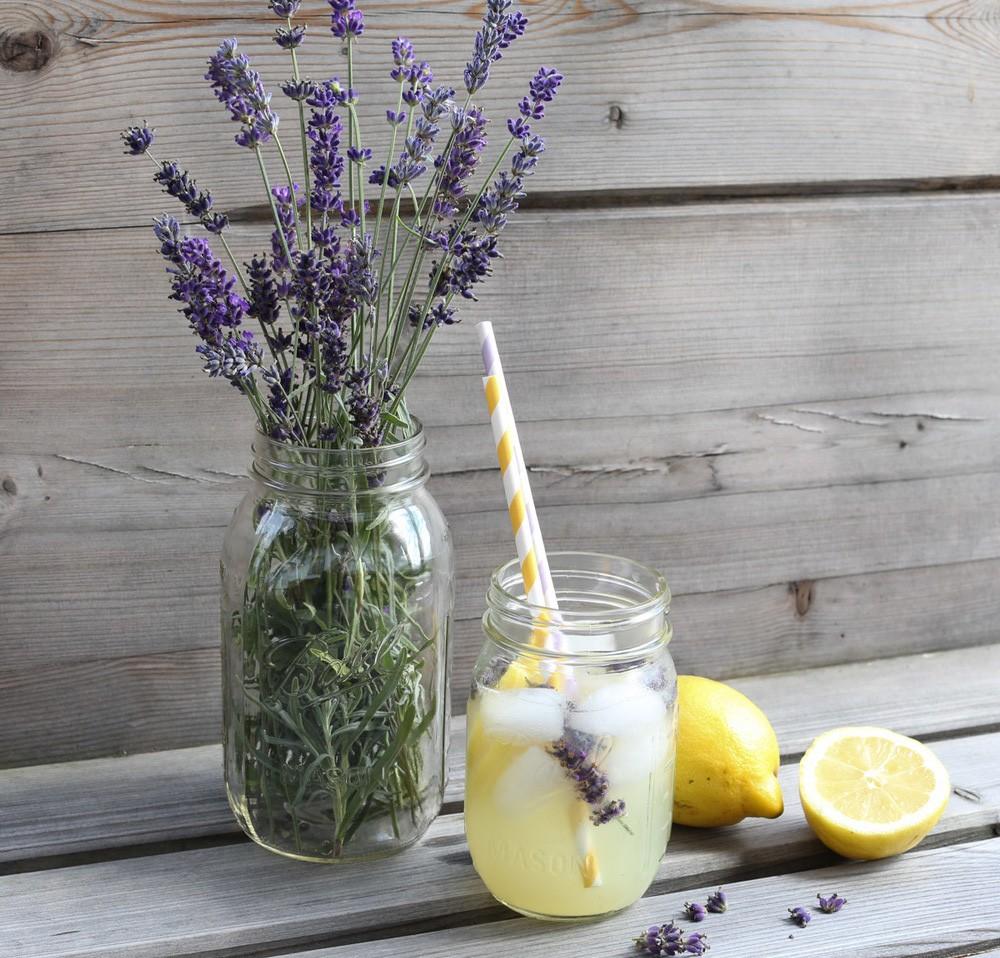limonada-com-lavanda