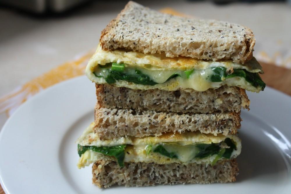 sanduiche-de-omelete-com-espinafre-e-tomates-secos-sanduiche-blog-usenatureza