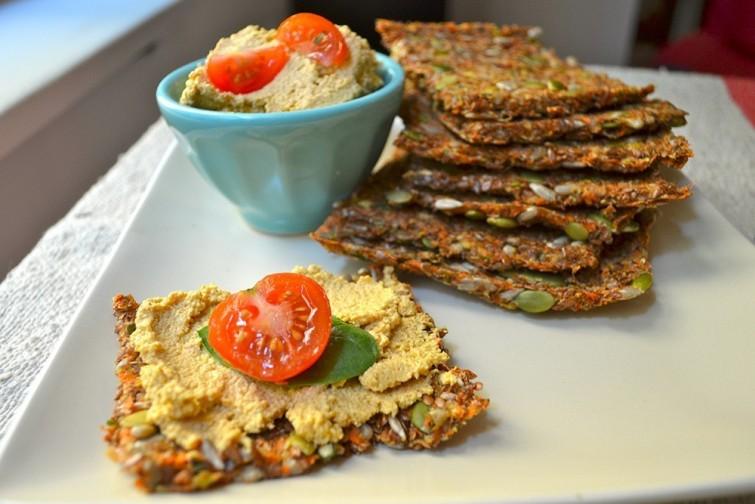 sanduiche-com-pao-cenoura-e-sementes-de-linhaca-blog-usenatureza