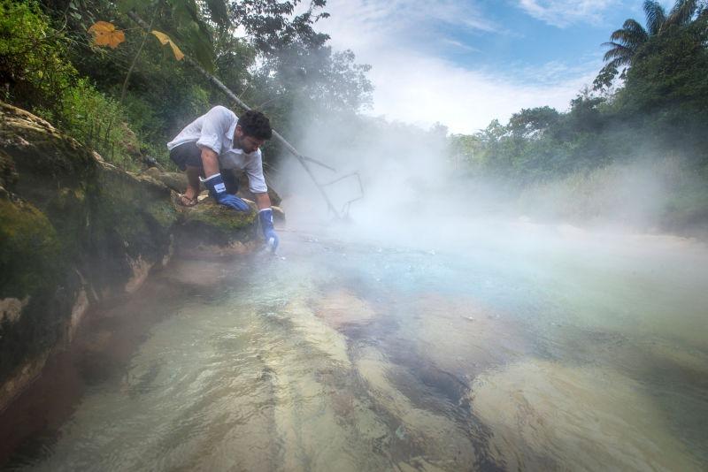 um-rio-que-chega-a-100-graus-na-floresta-amazonica-peru-blog-usenatureza