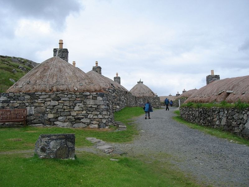 as-notaveis-casas-pretas-da-escocia-blackhouse-blog-usenatureza