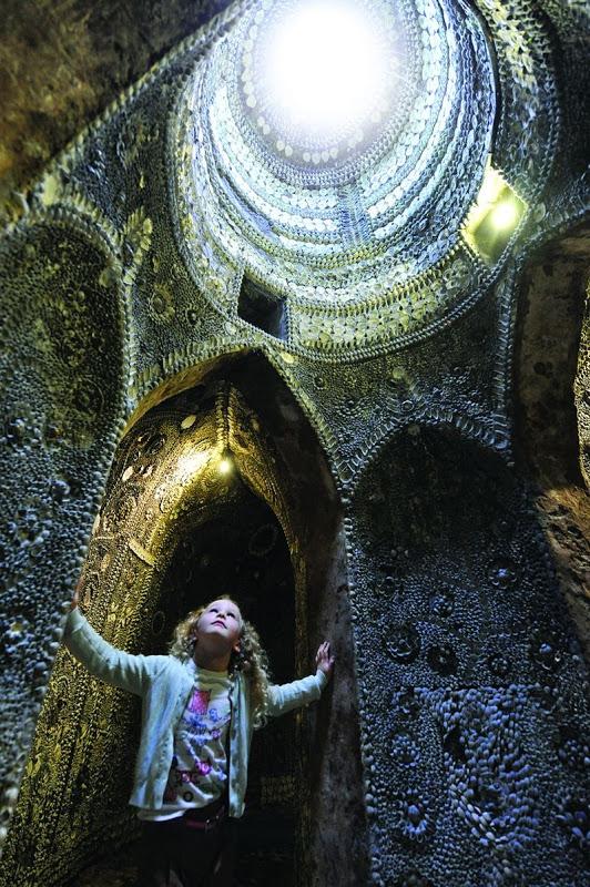 gruta-decorada-com-milhares-de-conchas-do-mar-shell-groto-blog-usenatureza