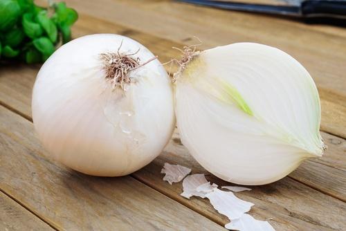 alho-cebola-limao-e-seus-beneficios-no-consumo-diario-cebola-blog-usenatureza