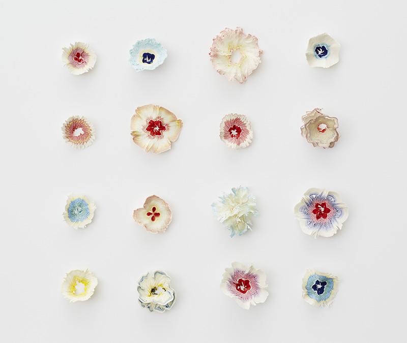 artista-transforma-papel-em-delicadas-flores-haruka-blog-usenatureza