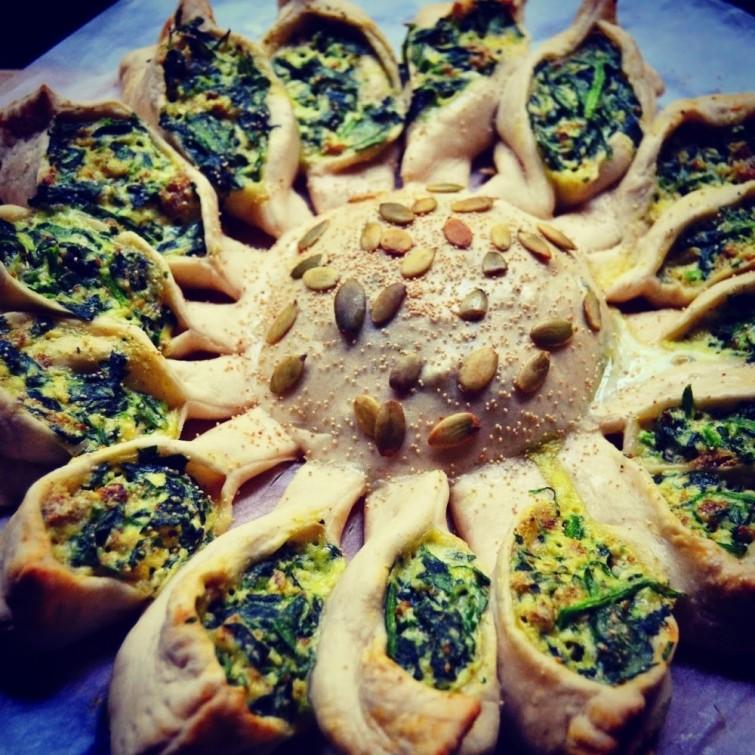 torta-de-queijo-e-espinafre-em-forma-de-girassol-blog-usenatureza