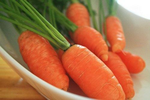 vitaminas-verdes-super-saudaveis-cenoura-blog-usenatureza