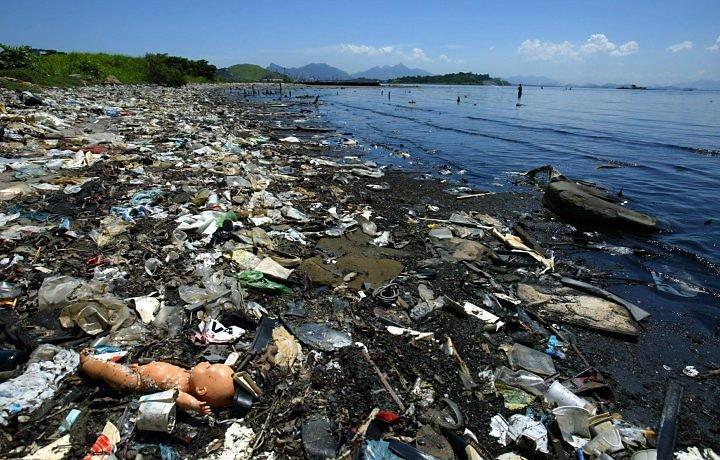 um-planeta-sem-vida-cheio-de-lixo-blog-usenatureza