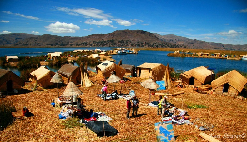 as-incriveis-ilhas-flutuantes-do-lago-titicaca-america-do-sul-blog-usenatureza