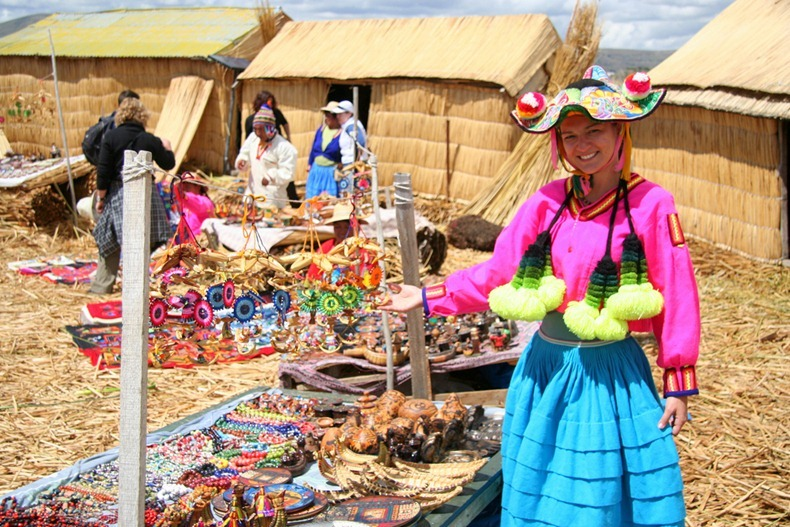 as-incriveis-ilhas-flutuantes-do-lago-titicaca-blog-usenatureza