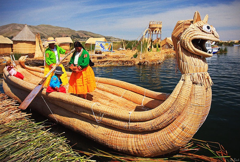 as-incriveis-ilhas-flutuantes-do-lago-titicaca-bolivia-blog-usenatureza