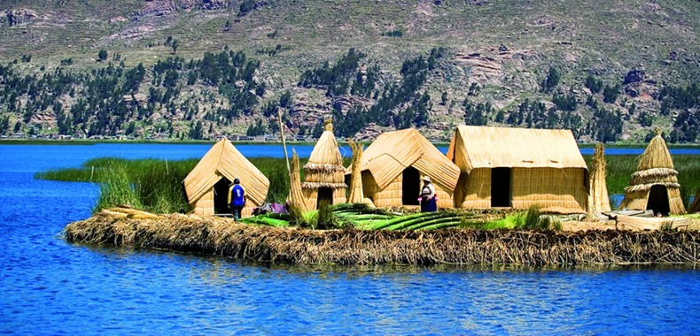 as-incriveis-ilhas-flutuantes-do-lago-titicaca-peru-bolivia-blog-usenatureza
