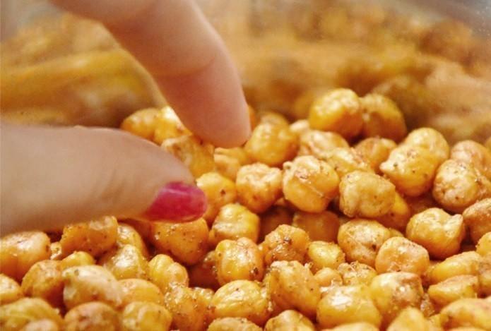 crocante-e-saudavel-grao-de-bico-ao-curry-receita-blog-usenatureza