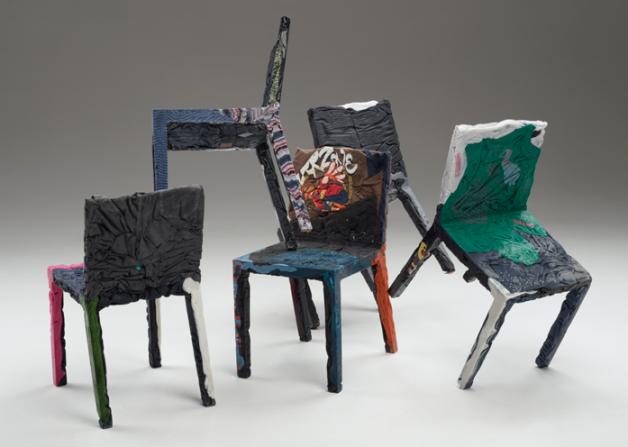 moveis-feitos-de-papel-e-roupas-velhas-eco-friendly-arte-blog-usenatureza
